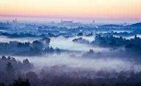 Walcząc ze smogiem wawelskim – czy w Krakowie mamy szansę na czyste powietrze? [WYWIAD]
