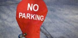 Miejsca parkingowe nie dla mieszkańców europejskich metropolii. Kraków auta wypycha coraz dalej od centrum