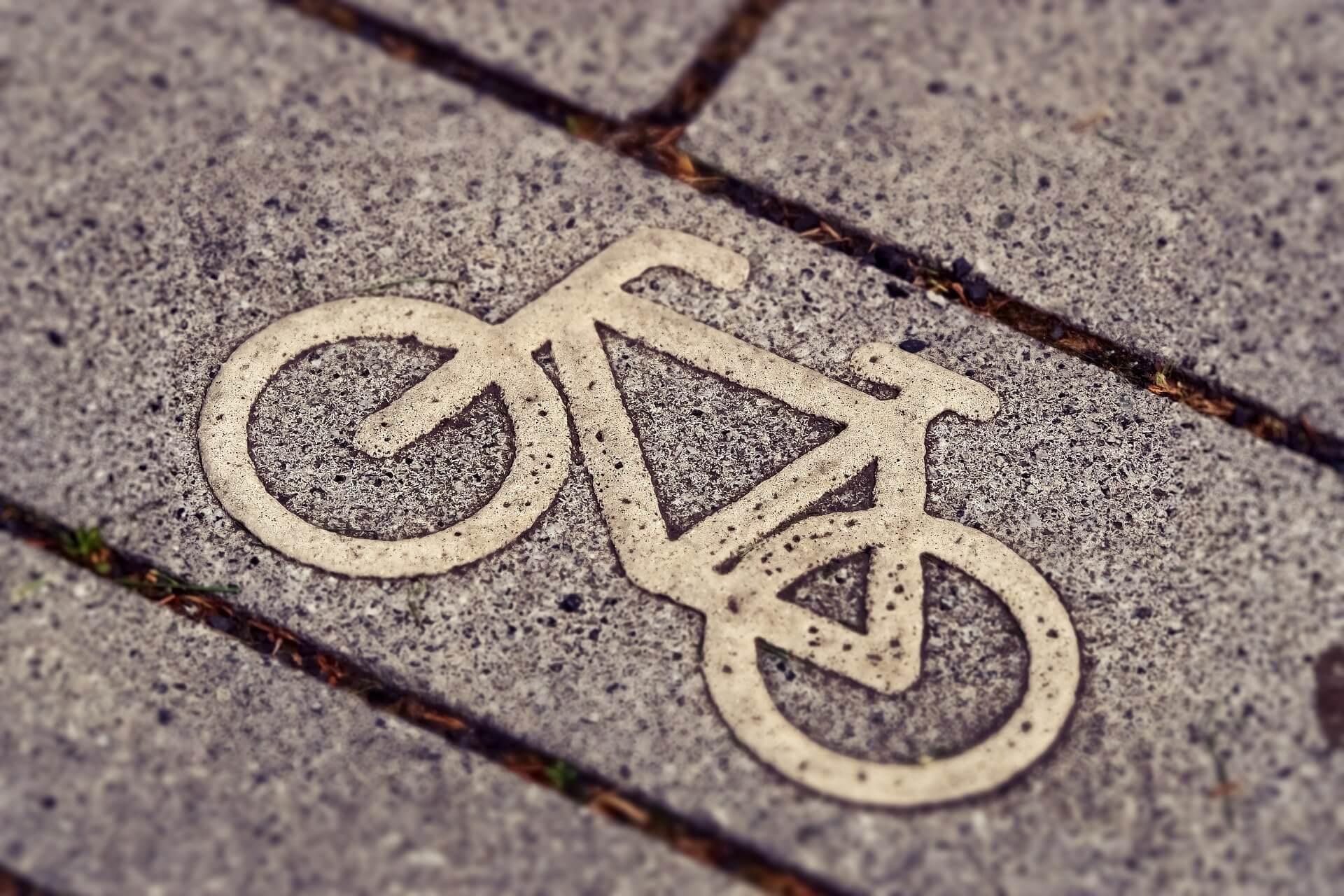 Symbol oznaczający ścieżkę rowerową.