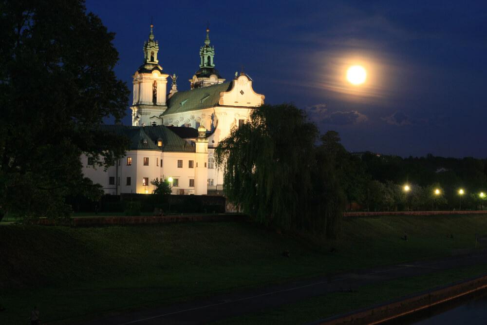 Zanieczyszczenie światłem w Krakowie – czym jest i jakie niesie skutki?